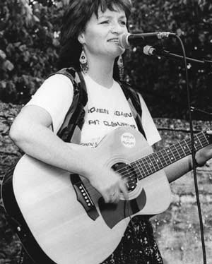 Image of Pauline Bradley performing at Levellers Day, Burford,1993